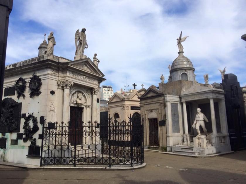 recoleta cemetery 11