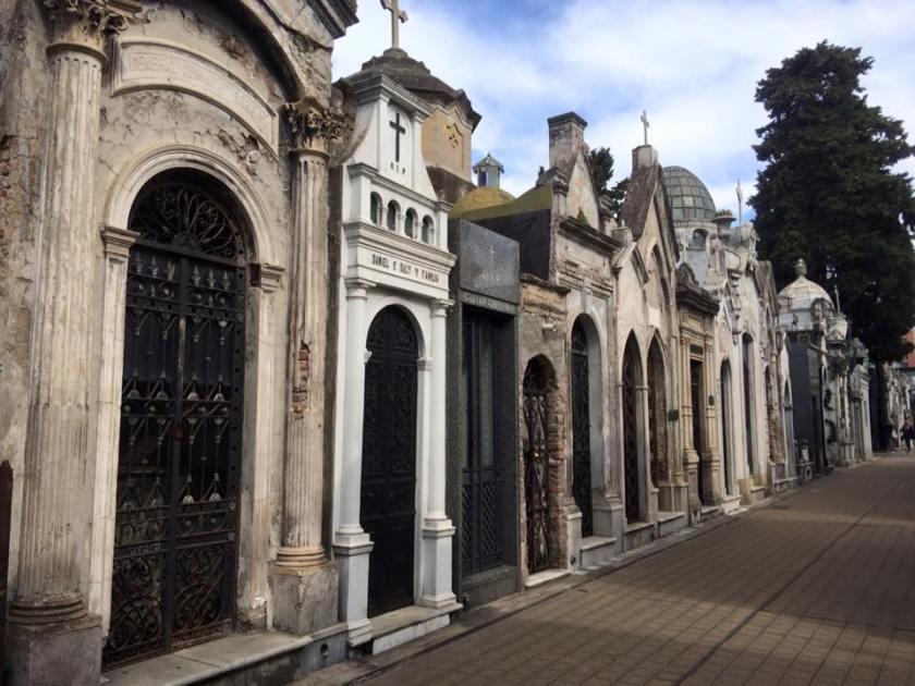 recoleta cemetery 12