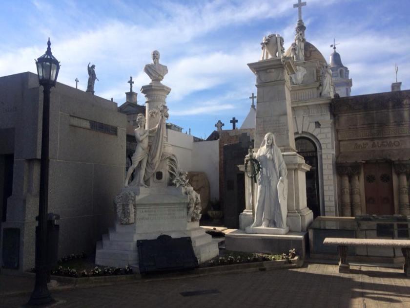 recoleta cemetery 16